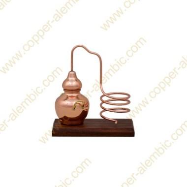 Mini Destillierkolben aus Kupfer (Flaschenhalter, Holzbasis)