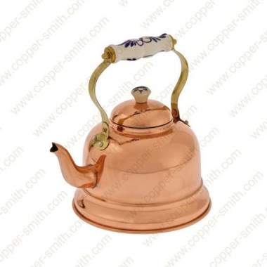 Schlichte 102er Teekanne mit Porzellanhenkel