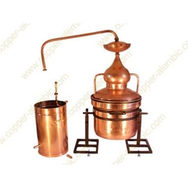 200 L Water Sealing Alembic Still System, Refining Lentil & Metal Axle