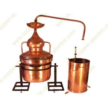 350 L Water Sealing Alembic Still System, Refining Lentil & Metal Axle